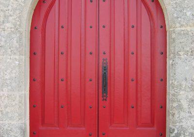 RESTAURATION porte église beugneux APRES MAS D EBENE